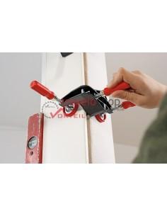 Door frame straightening clamp TFM